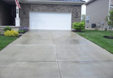 Picture of a concrete driveway that was installed for a customer for new construction in Clarksville, TN.>