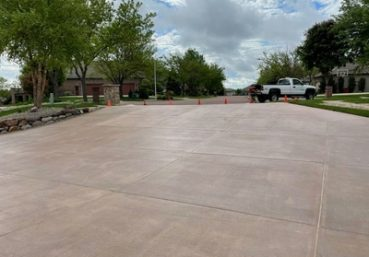 Picture of a stained concrete driveway that was installed in the front of a new home in Clarksville, TN.
